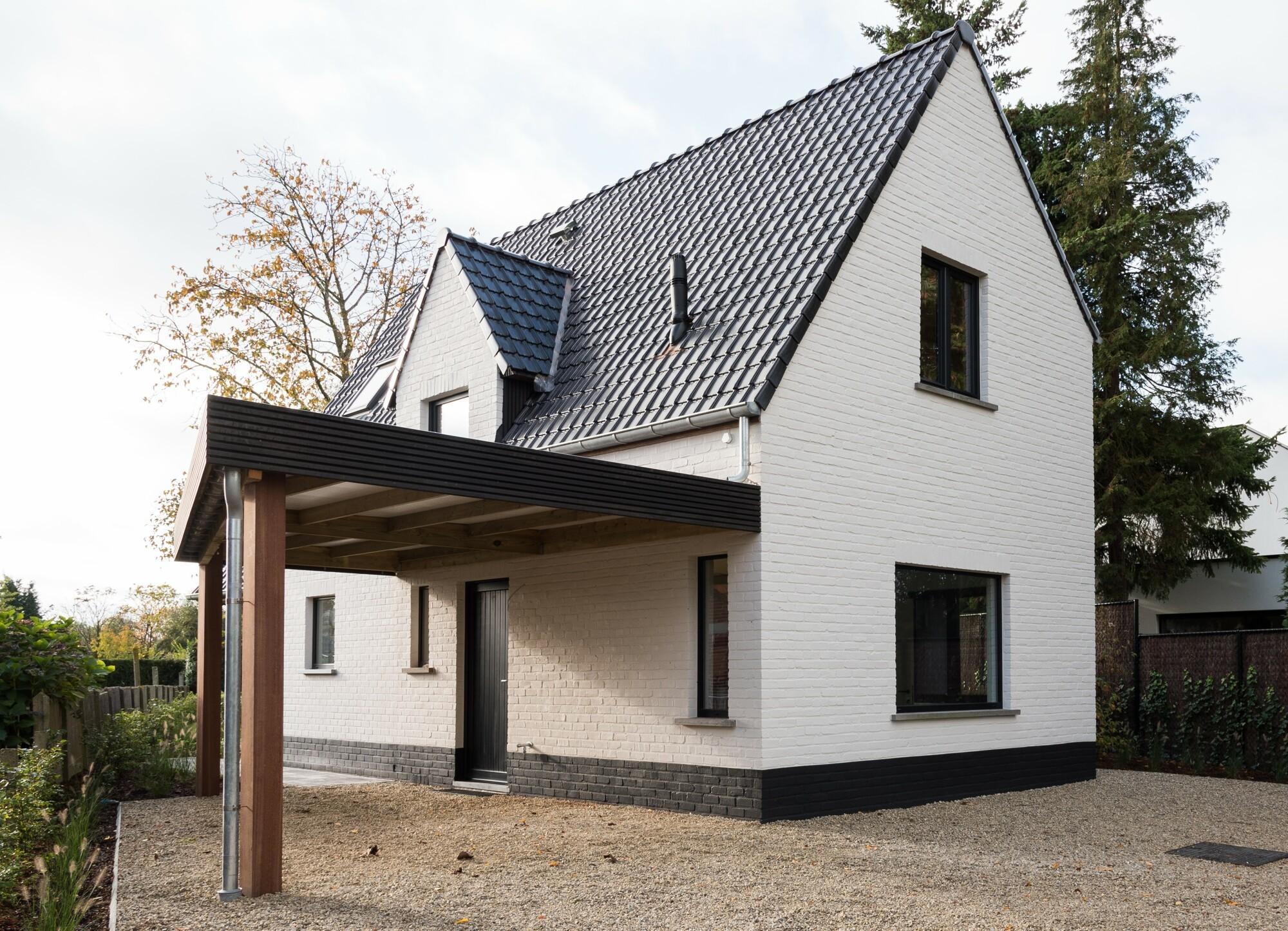 Prachtig gerenoveerde alleenstaande woning